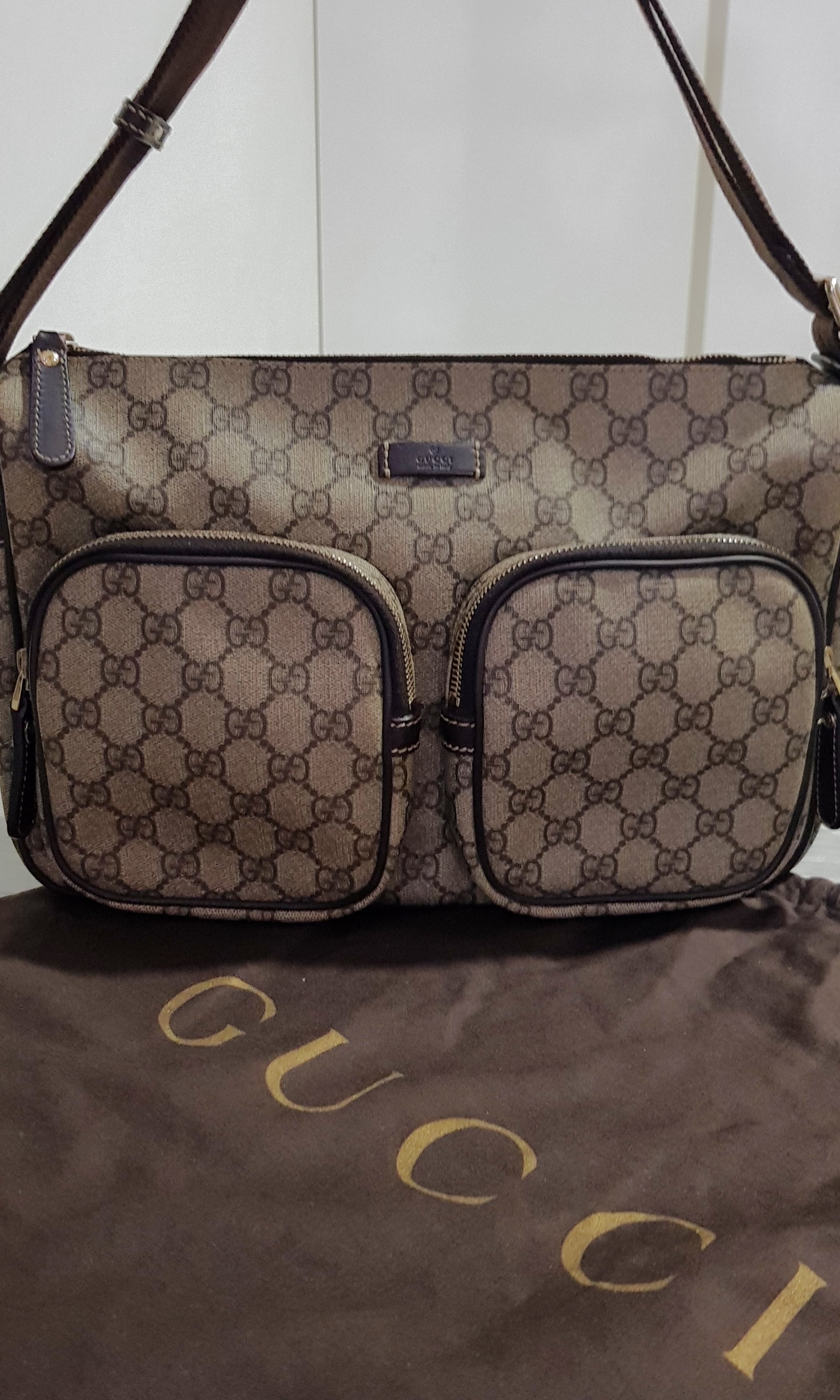 cd005b82a Gucci Messenger Bag, Women's Fashion, Accessories, Others on Carousell