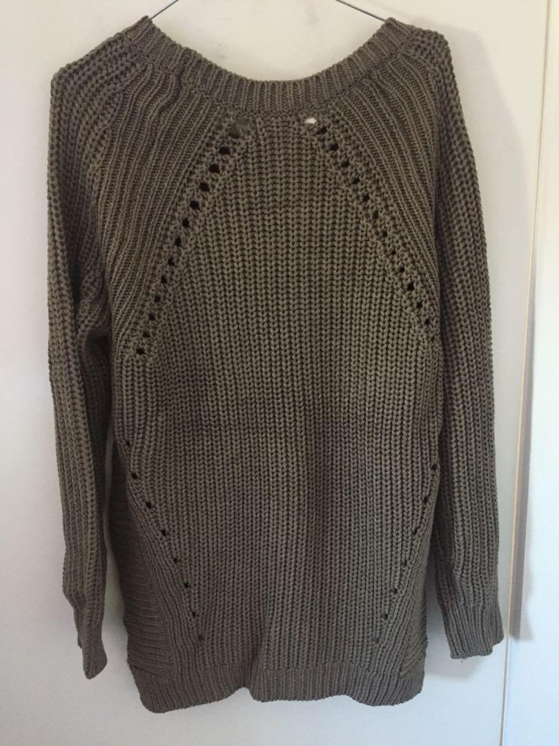 Knitted Sweater - Baggy Fit - Size 8