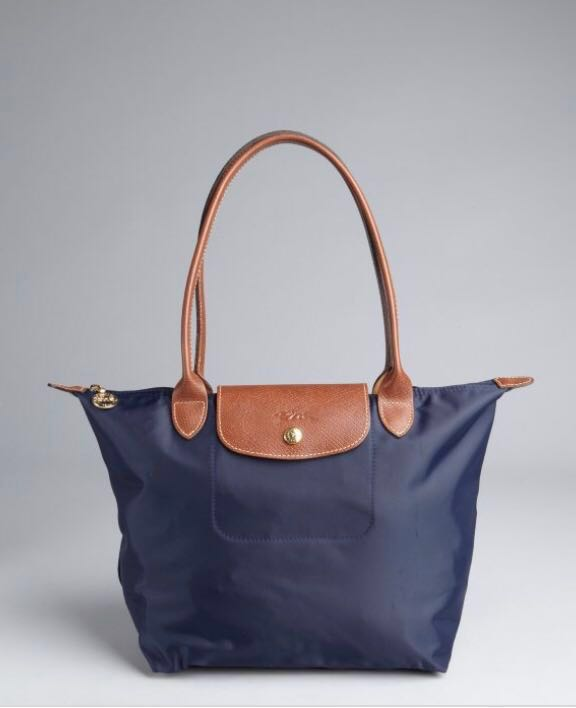 Longchamp medium Navy Blue Le Pliage Tote Bag, Women s Fashion, Bags ... 6c4b331984