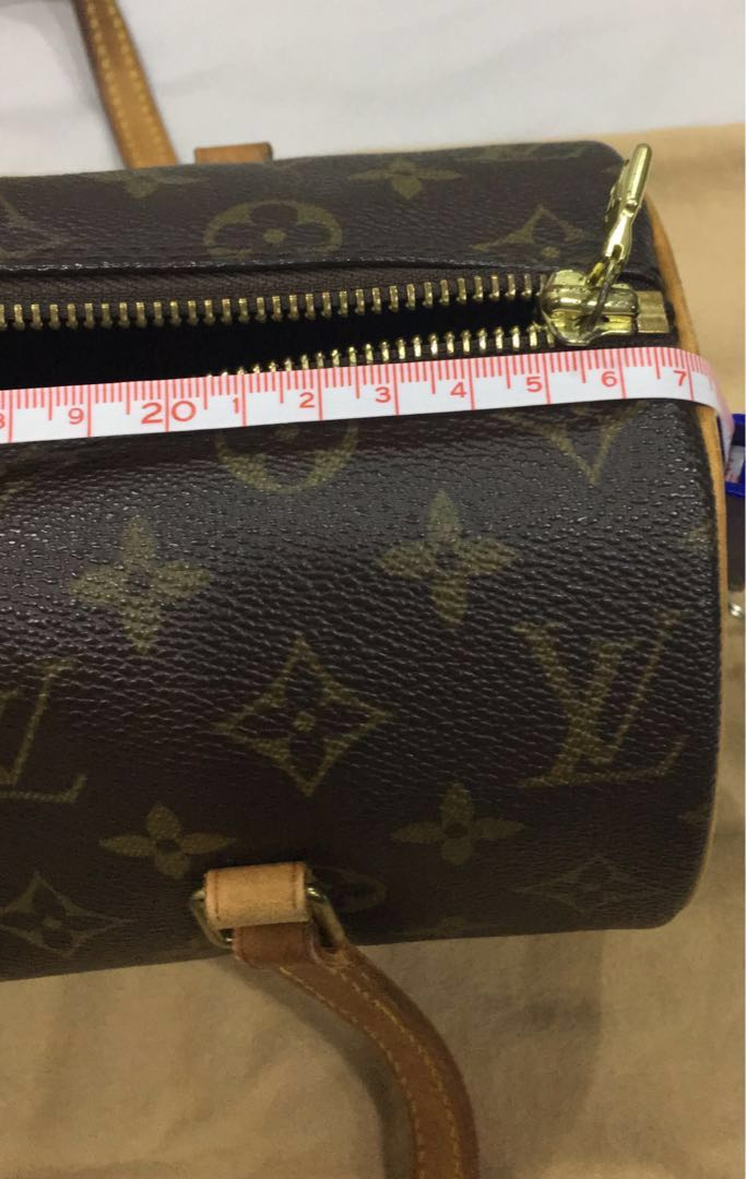 55888e535aae LOUIS VUITTON Monogram Cylinder-Shaped Leather HandBag