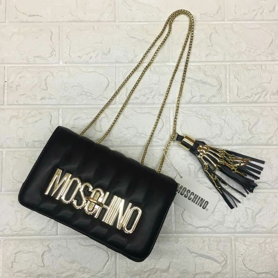 36f028055297c MOSCHINO LADIES BAGS, Women's Fashion, Bags & Wallets on Carousell