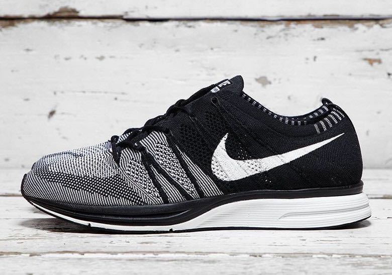 98e8ad9f31 Nike Flyknit Trainer Black OG Oreo, Men's Fashion, Footwear, Sneakers on  Carousell