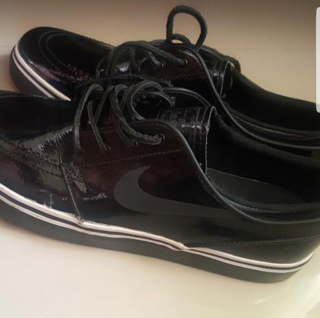 watch 2e8f7 e6dff Nike SB Stefan Janoski QS Lockwood Shoes, Men s Fashion, Footwear, Sneakers  on Carousell