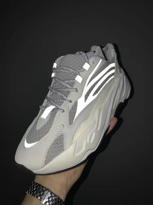 purchase cheap 465bc 04c7e PREORDER + EARLY PAIR: Yeezy Boost 700 Static, Men's Fashion ...
