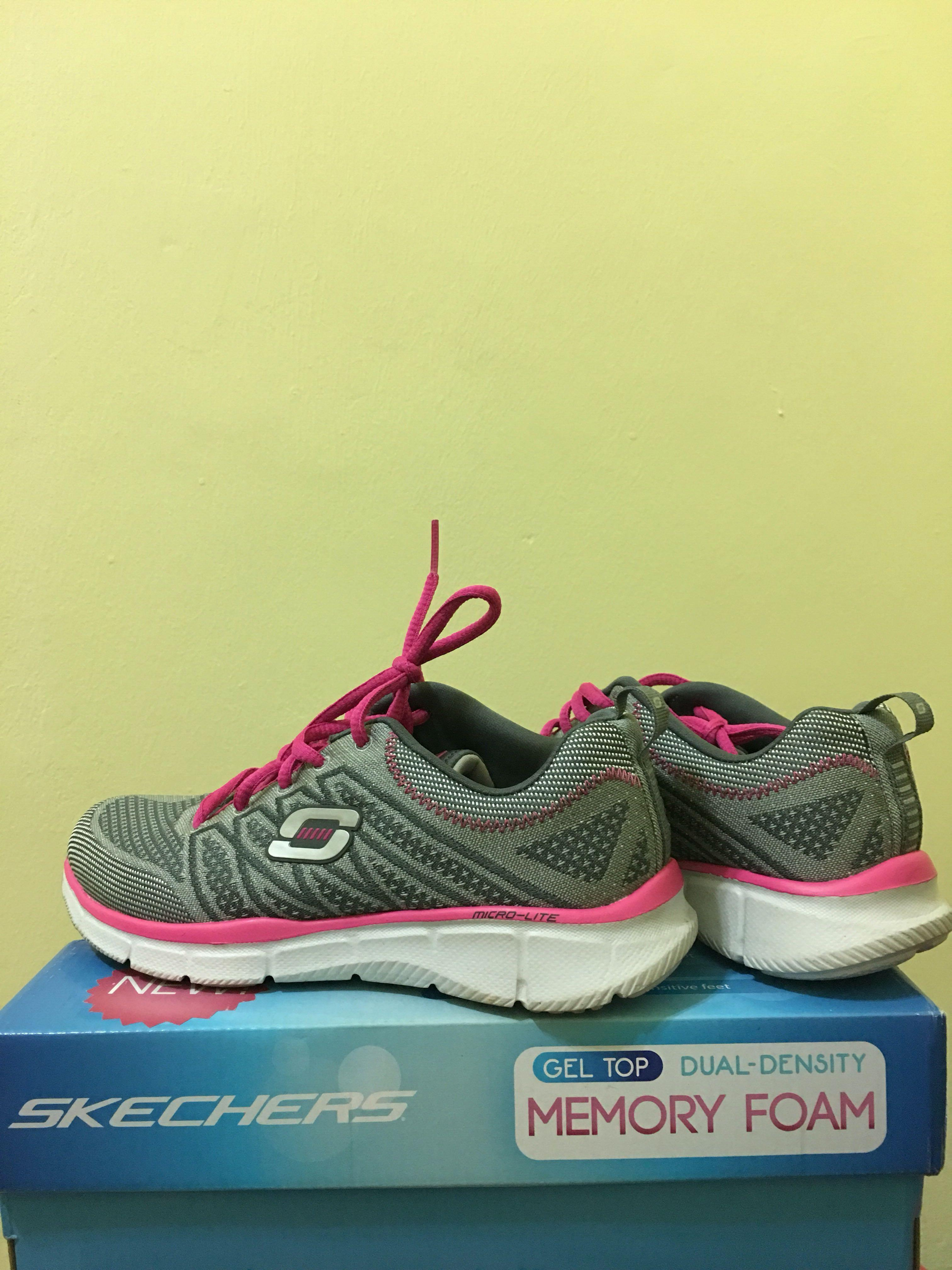 skechers gel top memory foam