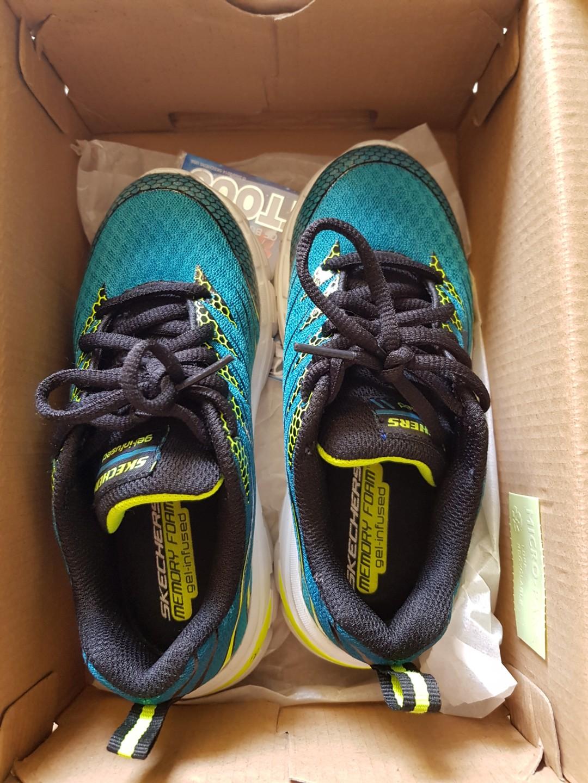 7cd578ac8eb8 Skechers memory foam gel infused shoes