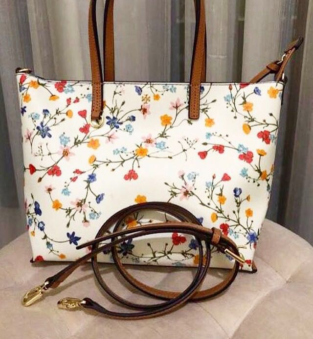 c472abc55a96 Tory Burch Floral Tote Crossbody Sling Bag Women White Authentic ...