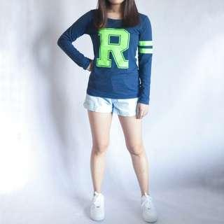 """R"" letter long sleeve top"