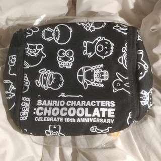 Sanrio Crossover Chocolate 旅行袋