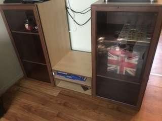 Adjustable cabinets