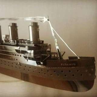 完成品 Metallic Model - Titanic