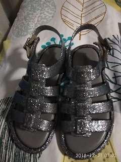 🚚 Mini Flox Sandals