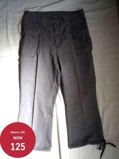 Crissa 3/4 Grey Cotton Pants