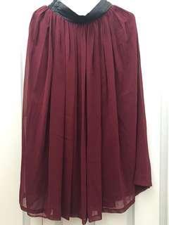 棗紅色半截裙