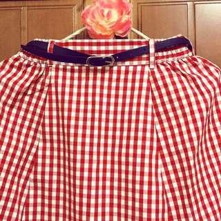 🚚 *全新日本購入附皮帶附吊牌*Earth Music & Ecology 紅白格紋長裙
