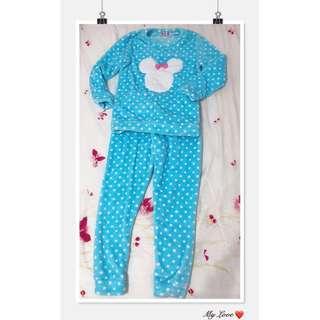 🚚 可愛點點蝴蝶結米老鼠水藍色 舒適保暖睡衣褲一套