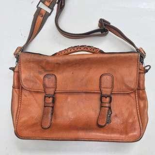 PORTER BARON leather postman bag