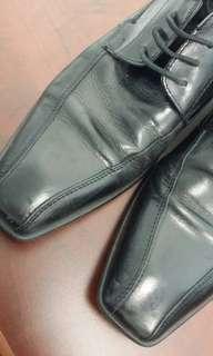 Aldo leather black shoe