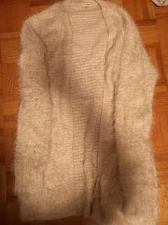 Garage fuzzy sweater (xs-s)