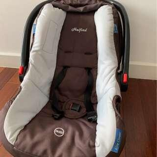 Halford Carrier and Baby Car Seat -  CHEAP! AND GOOD CONDITION