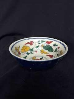 Ming era 15cm diameter five color bowl decirated with flowers.