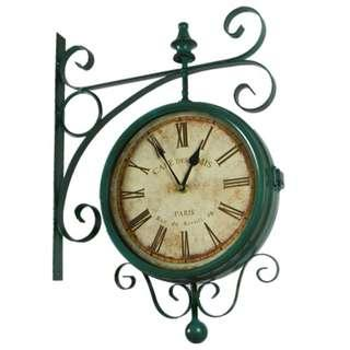 Retro Side-mount Wall Clock in Vintage Blue-Green Color