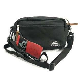 Padded pouch bag
