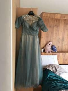 Gown, fit size xs-s
