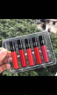 Giorgio armani lip maestro intense velvet color 5 set piece IDR 680k 1 set terdiri dari 5 shade : 300,400,401,402,501