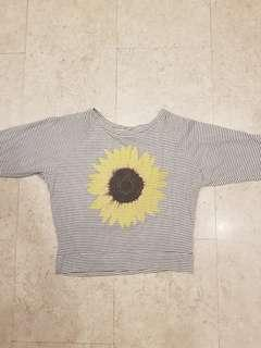 Long sleeves striped crop top with a sunflower