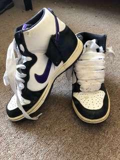 Nike retro skate hightops runners shoes