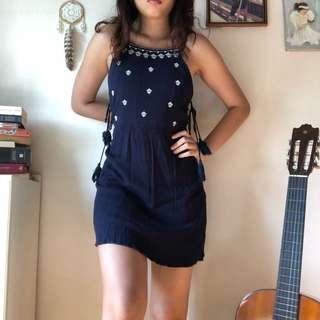 🚚 Navy Aztec tassel side dress