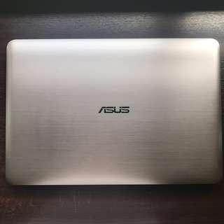 Asus A556U GTX930M i5