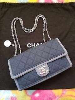 (✔不議價$11800) Chanel牛仔布 denim turnlock CF bag 可買可換