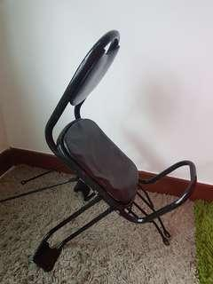 Rear Seat for a Toddler/Kid