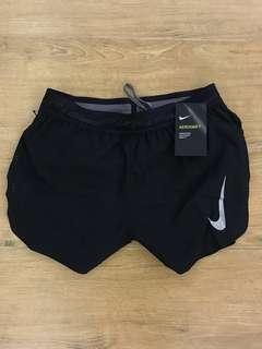 全新100% MEN Nike aeroswift 跑褲 4inch 四吋 香港斷碼S small size 有單 跑步褲 running split shorts