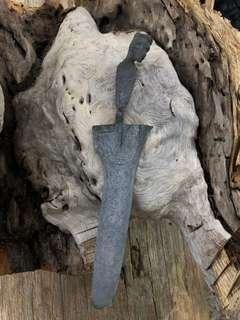 keris antik pamor perut ular berketandaan tapak gajah dan picit