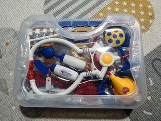 EEUC toy medical kit