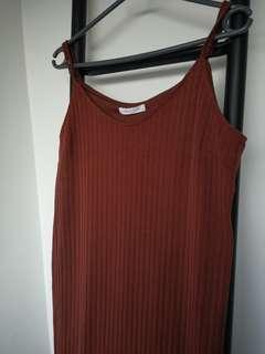 Lowrys Farm 棕紅色吊帶背心裙 連身裙 送Uniqlo 白色中袖打底Tee