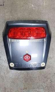 PIAGGIO X9 200 EVO TAIL LAMP U