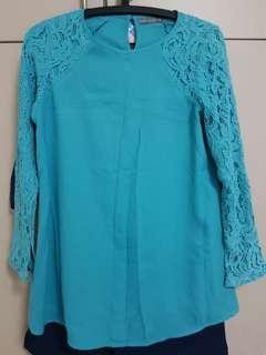 ( Fast deal $10 ) Poplook blouse -3 pieces.
