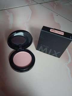 Blush on Focallure New (cuma swatch 1x)