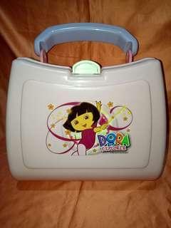 Lunch box dora pink brand lion star