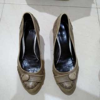 Pump Shoes Rotelly size 36 krem