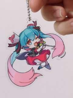[AUTHENTIC] Hatsune Miku Anime Badge Keychain Straps