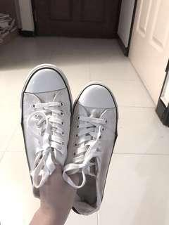 FREE #prelovedwithlove white sneakers / white school shoes