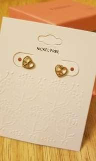 💎全新心型耳環 Brand new heart-shaped earrings