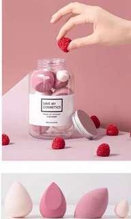 (包順豐) 樽裝美妝蛋 strawberry