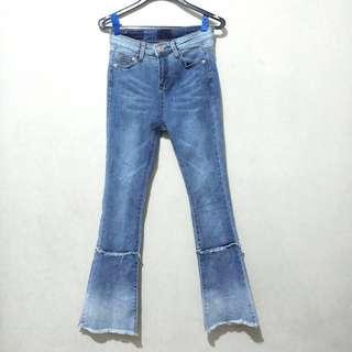 Highwaist Flared Jeans