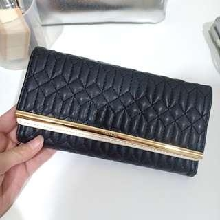 Dompet Urban & Co